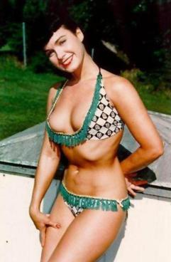 gal-bettie-page-15-jpg