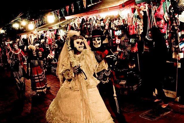 colagem dia dos mortos comida mundo obscuro zine caveira mexicana.jpg